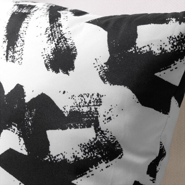 ТУРИЛЛ Подушка белый/черный 35x35 см - Артикул: 203.929.69