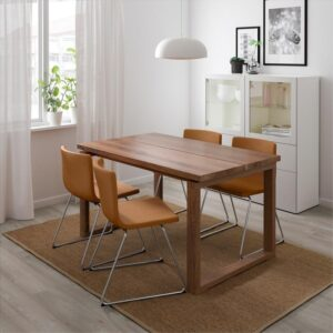 МОРБИЛОНГА / БЕРНГАРД Стол и 4 стула дубовый шпон/Мьюк золотисто-коричневый 140x85 см - Артикул: 092.807.65