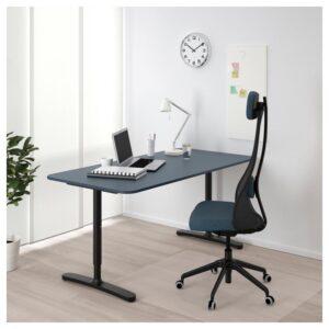 БЕКАНТ Письменный стол линолеум синий/черный 160x80 см - Артикул: 092.827.69