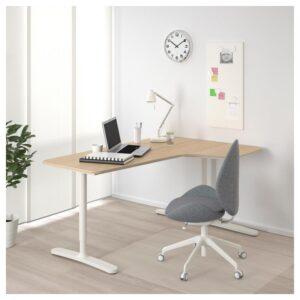 БЕКАНТ Углов письм стол правый дубовый шпон, беленый/белый 160x110 см - Артикул: 392.846.58