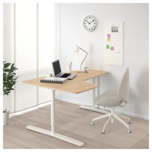 БЕКАНТ Углов письм стол левый дубовый шпон, беленый/белый 160x110 см - Артикул: 392.828.38