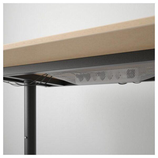 БЕКАНТ Письменный стол дубовый шпон, беленый/черный 160x80 см - Артикул: 792.826.76