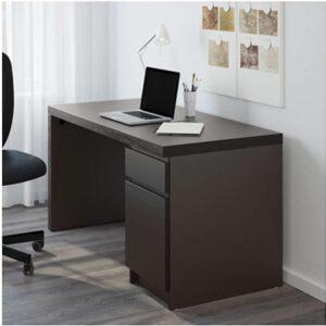 МАЛЬМ Письменный стол черно-коричневый 140x65 см - Артикул: 103.848.56