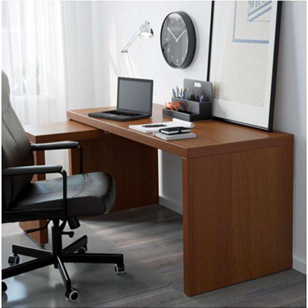 МАЛЬМ Письменный стол с выдвижной панелью коричневая морилка ясеневый шпон 151x65 см - Артикул: 403.848.69