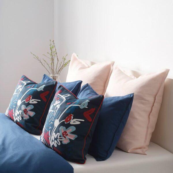 МОЛАРБОРСТЕ Чехол на подушку, темно-синий, разноцветный, 50x50 см - 504.474.37