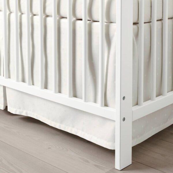ЛЕНАСТ Подзор для кроватки, точечный, белый, 60x120 см - 204.576.30