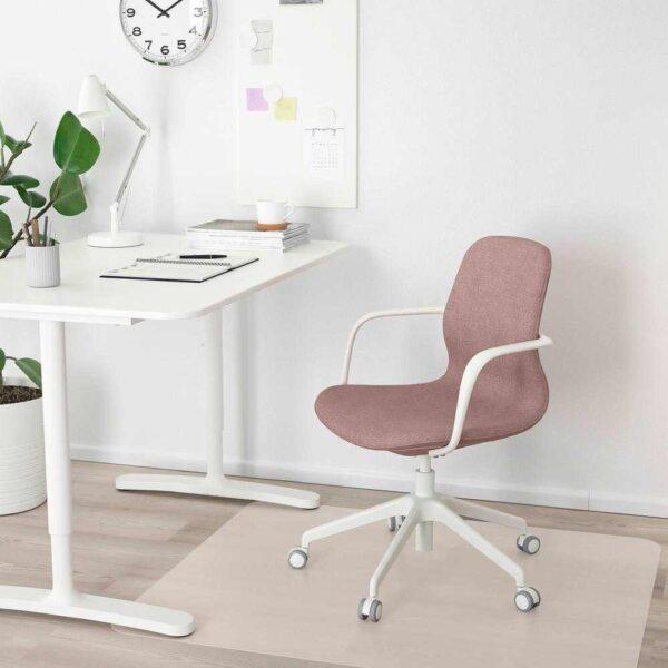 ЛОНГФЬЕЛЛЬ Рабочий стул с подлокотниками, Гуннаред светлый коричнево-розовый, белый - 693.204.76