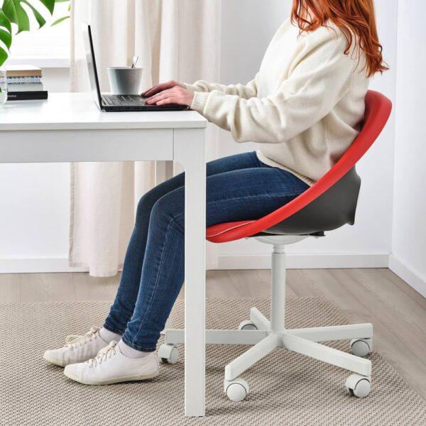 ЭЛДБЕРГЕТ /БЛИСКЭР Рабочее кресло c подушкой, красный/белый - 893.319.21