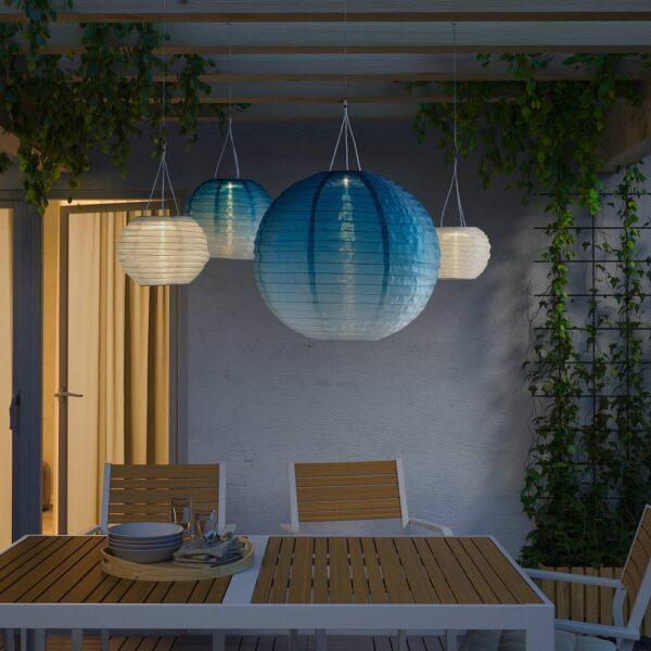 СОЛВИДЕН Подвесная светодиодная лампа, для сада/шаровидный синеватый оттенок 45 см - 804.873.61