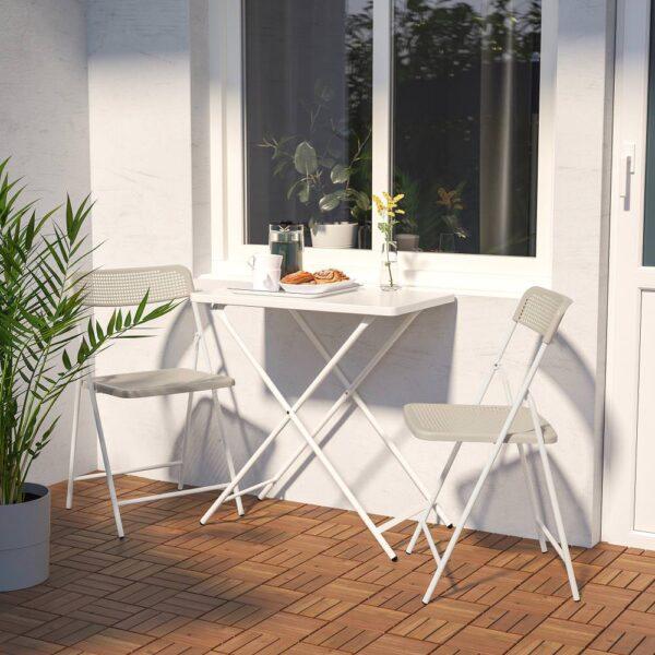 ТОРПАРЁ Садовый стол+2 складных стула, белый/бежевый 70 см - 894.136.67