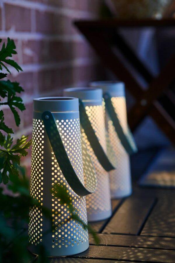 СОЛВИДЕН Настольн светодиодн лампа/солн бат, конусообразный белый 27 см - 704.869.65