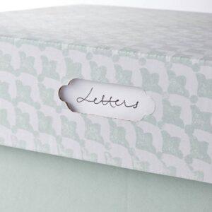 ХЮВЕНС Коробка с крышкой, серо-зеленый белый/бумага 33x23x15 см - 204.579.13