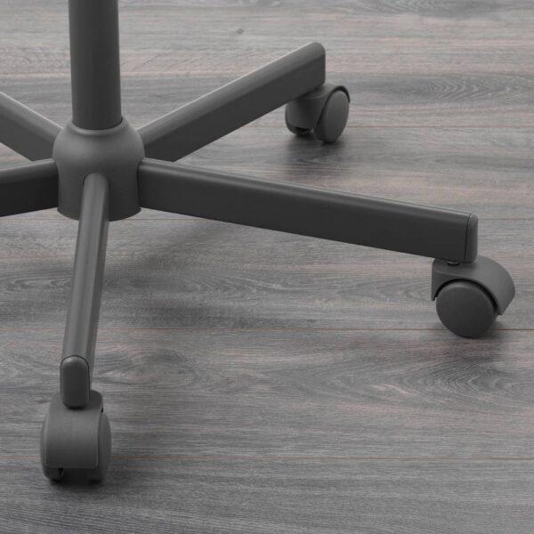 БЛЕКБЕРГЕТ Рабочий стул, Идекулла темно-серый - 604.830.57