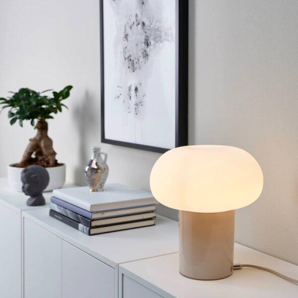 ДЕЙСА Лампа настольная, бежевый/молочный стекло 28 см - 804.049.93